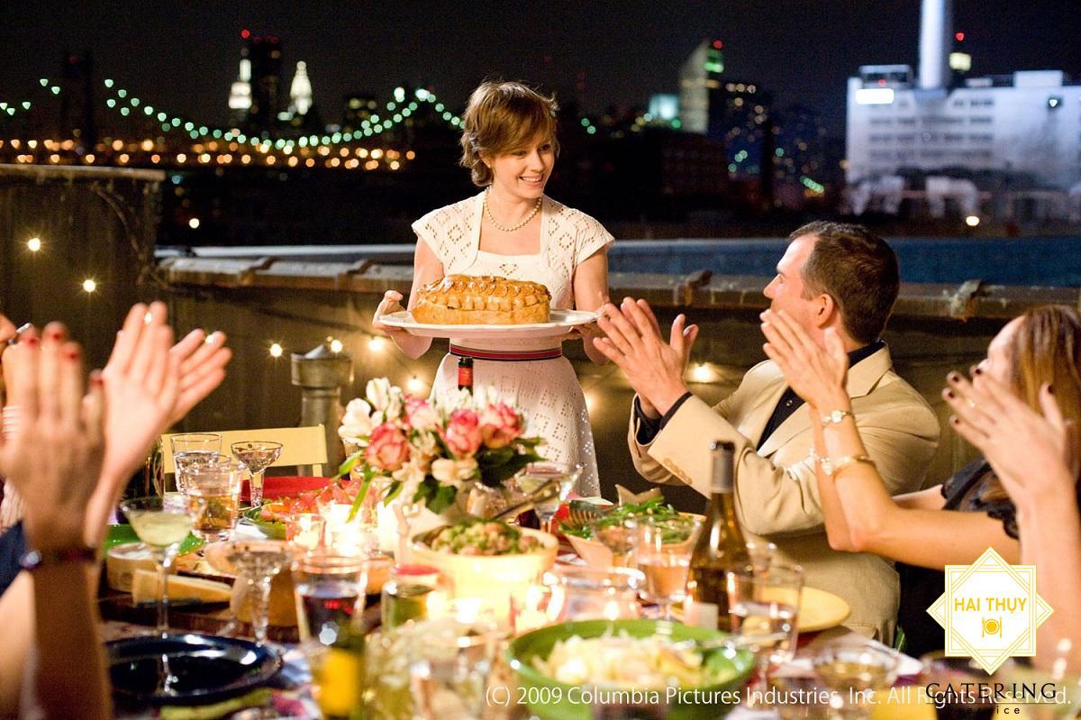 Văn hóa ứng xử và cách phục vụ trên bàn tiệc