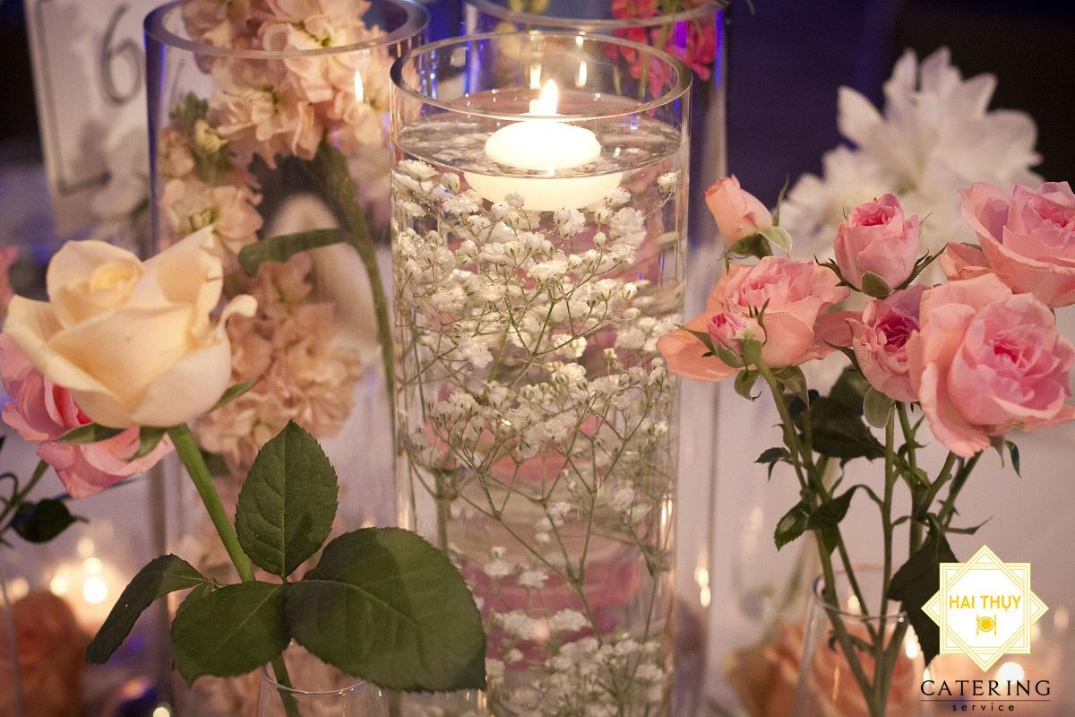 10 cách cắm hoa độc đáo cho bữa tiệc sinh nhật của bạn