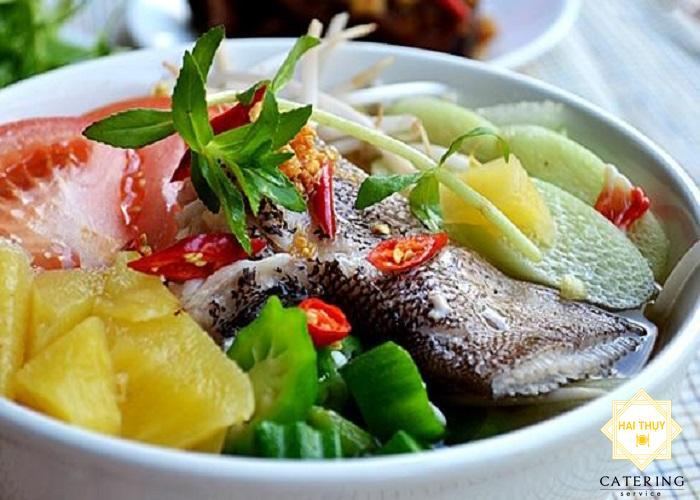 """Làm """"canh chua cá bông lau"""" đúng chất Nam Bộ"""