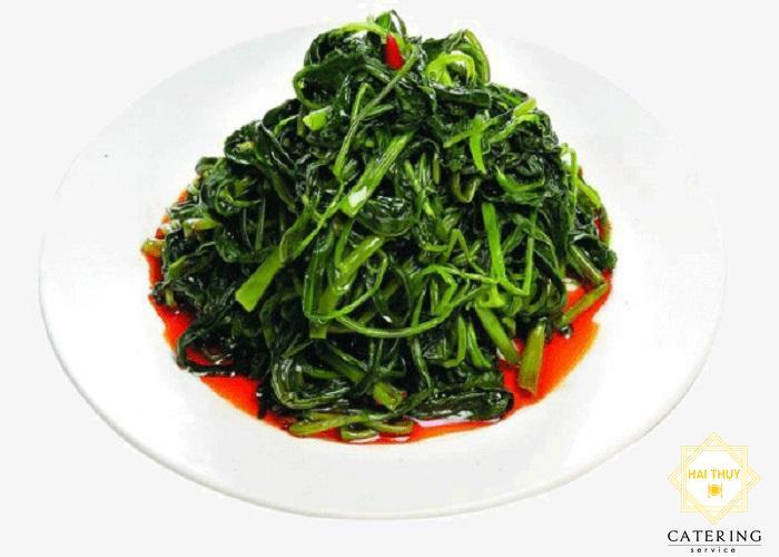 Công thức nấu món rau chân vịt om dấm