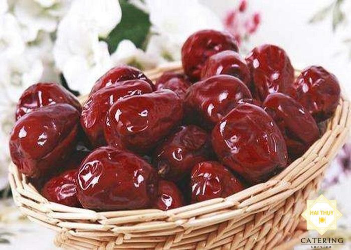 Táo đỏ kết hợp với nấm đông cô món ăn cực kì dinh dưỡng