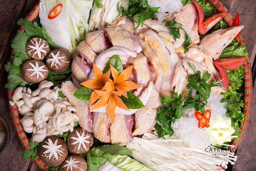 bồ câu nấu nấm cho bữa tiệc gia đình