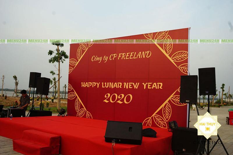 Đặt tiệc tân niên công ty Free Land – Soán ngôi ấn tượng với buổi tiệc hoành tráng và đẳng cấp