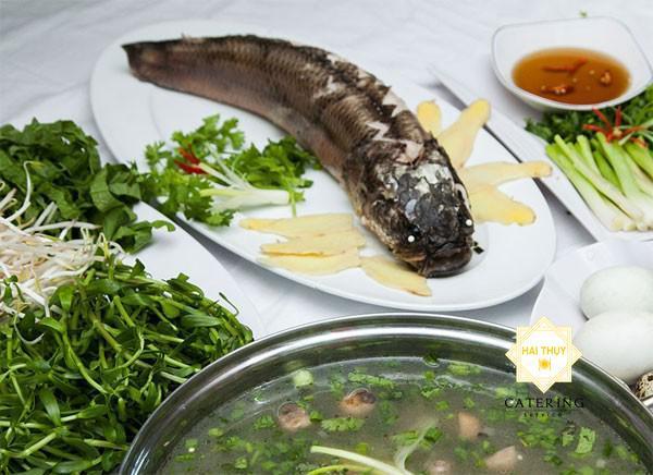 Mách bạn bí quyết nấu lẩu cá lóc ngon chuẩn vị ngay tại nhà