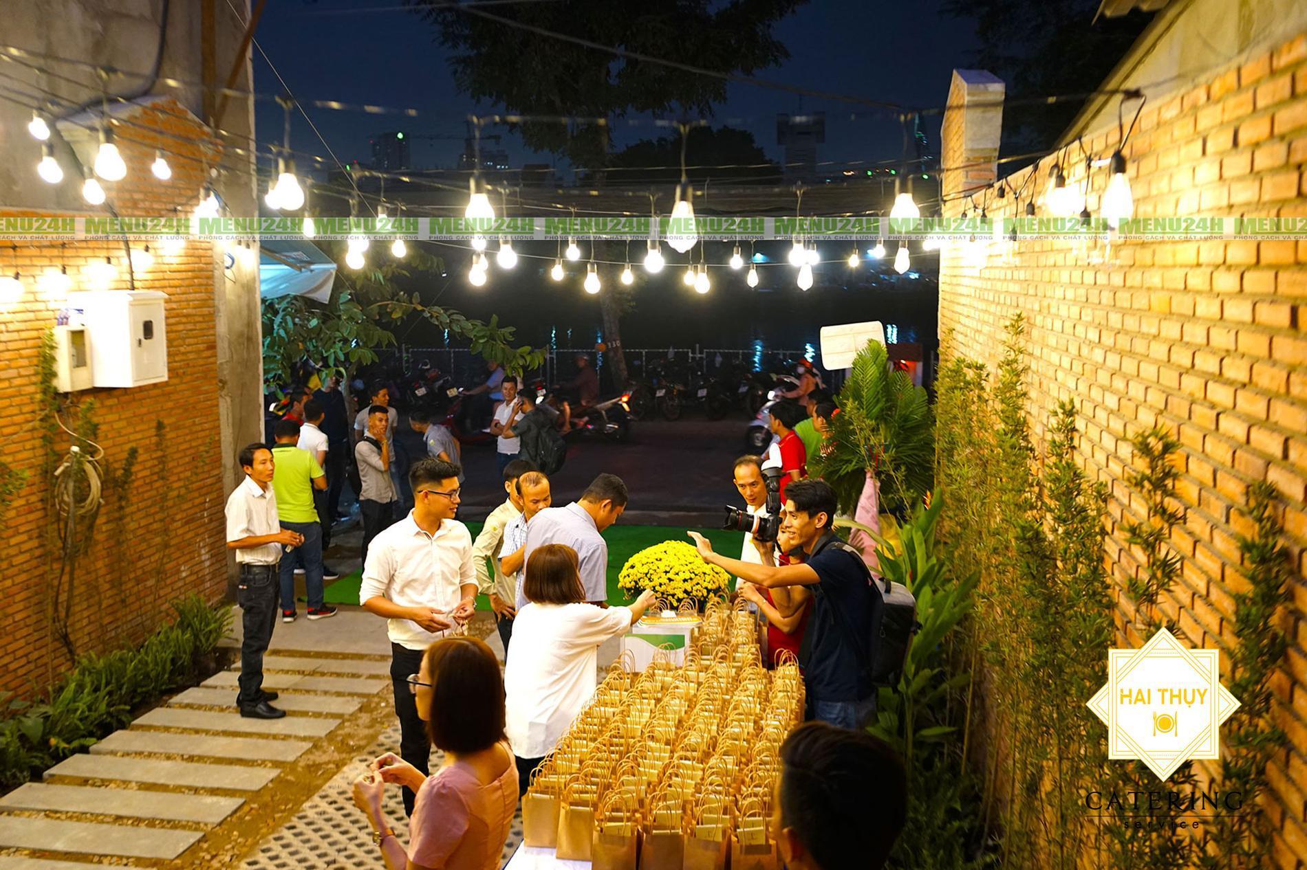 Mãn nhãn với buổi tiệc công ty chuyên nghiệp Trúc Nghinh Phong – Menu24h