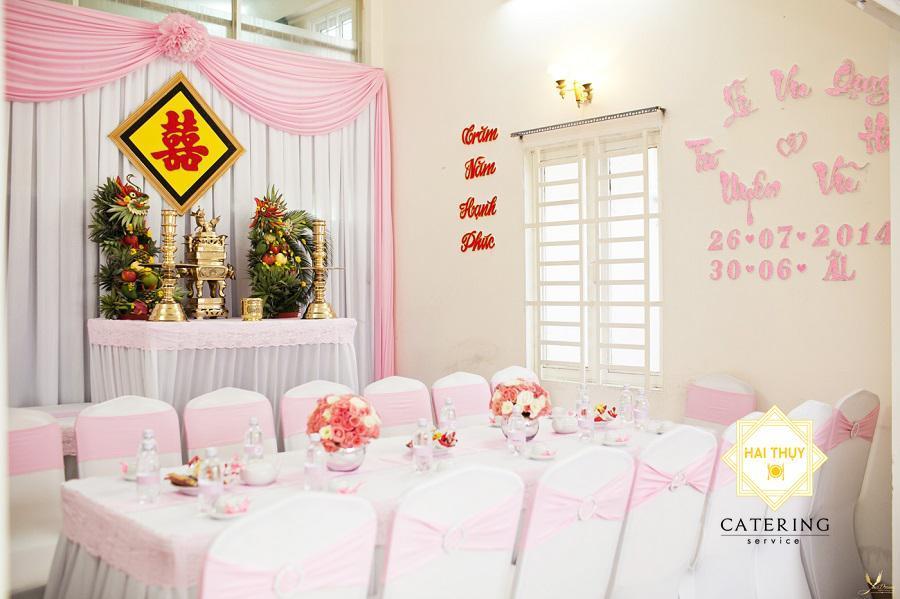 Những điều cần chú ý trong việc chọn hoa trưng bàn thờ gia tiên ngày cưới