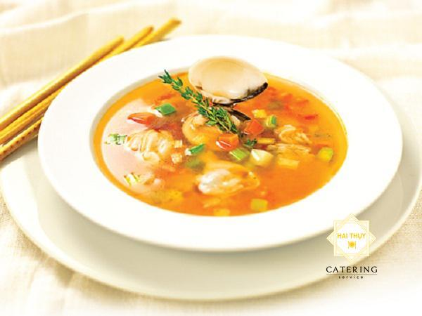 Soup nghêu rau củ