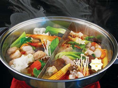 Thưởng thức món lẩu thái chua cay trong bữa tiệc menu24h