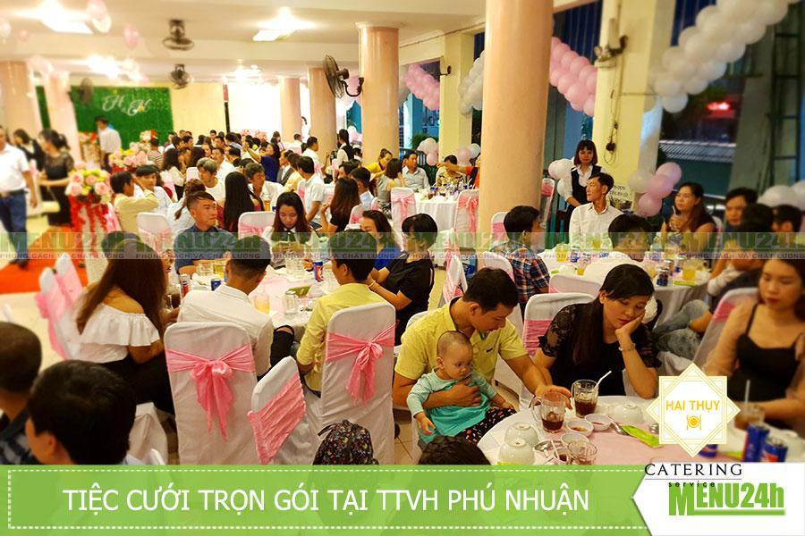 Tiệc cưới trọn gói tại TTVH Phú Nhuận