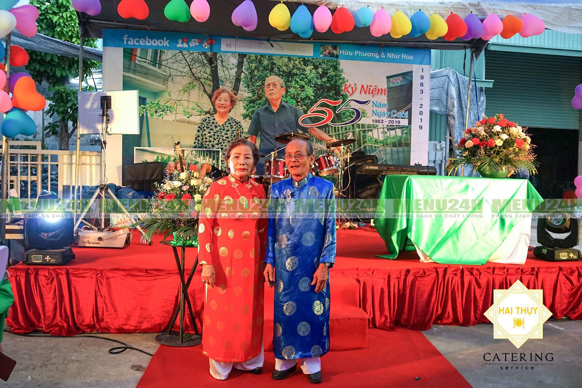 Tiệc kỷ niệm 55 năm ngày cưới cho cha mẹ - Tổ chức tiệc tận nơi quận 9