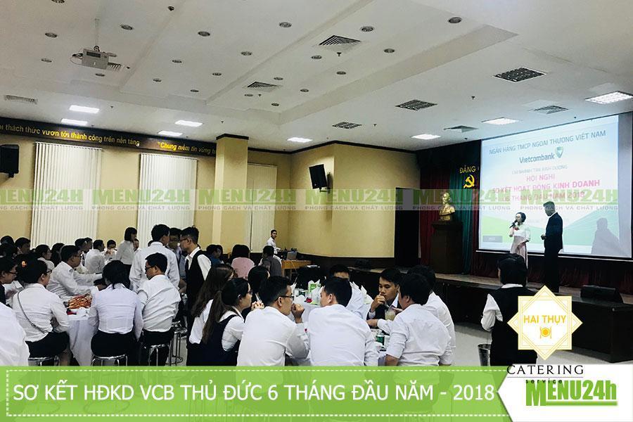 Tiệc liên hoan tại vietcombank về sơ kết HĐKD 6 tháng đầu năm 2018