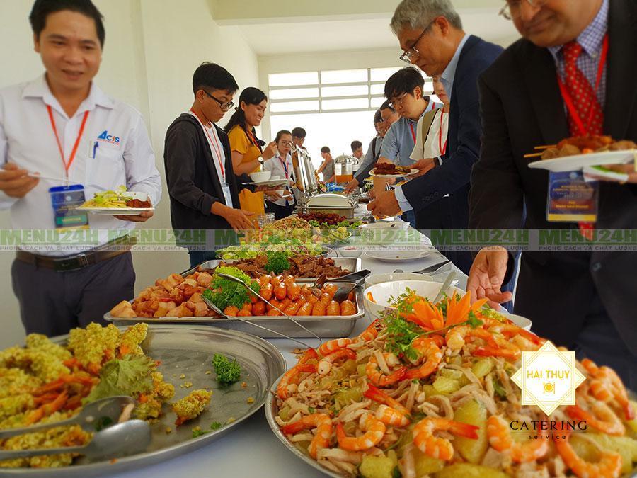 Tổ chức tiệc buffet hội nghị tại khu Công Nghệ Cao