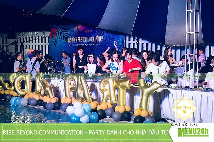 Tổ chức tiệc ngoài trời tại biệt thự sân vườn Quận 2