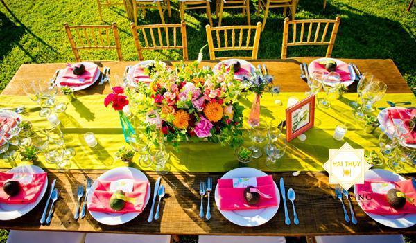 Top 5 xu hướng trang trí bàn tiệc cưới lộng lẫy