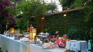 Tiệc ngoài trời - tiệc buffet