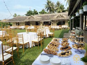 Tiệc cưới theo phong cách buffet ngoài trời tại quận Bình Thạnh